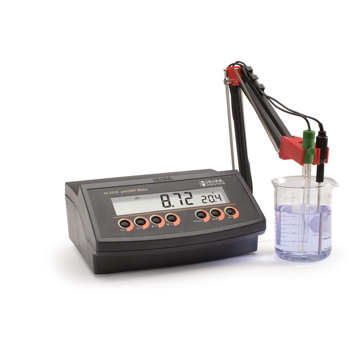 HI2210 pH Benchtop Meter