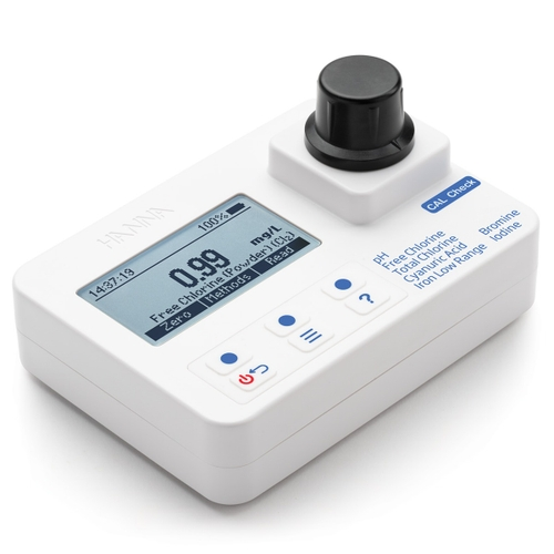 HI97101 Bromine, Chlorine, Cyanuric Acid, Iodide, Iron, and pH Portable Photometer with CAL Check