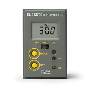 Conductivity process controllers